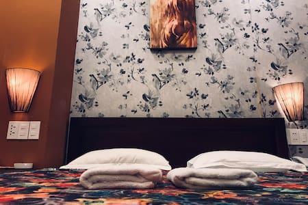 SACH HOTEL - DUONG BA TRAC