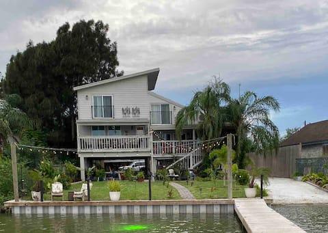 Tiki House at Arroyo City TX  River Waterfront