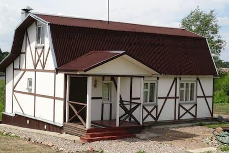 Гостевой Дом на берегу реки Великой - Pskov - Ev