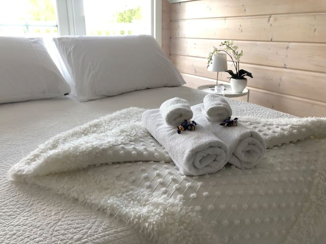 Towels, sheets and linen are included in the price