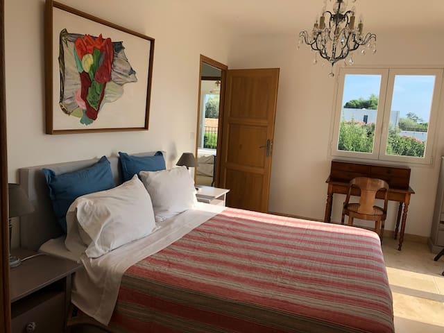 La master bedroom