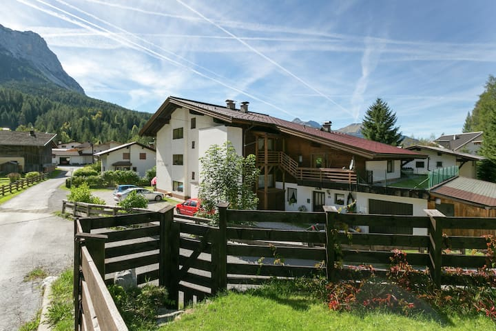 Cosy Apartment in Ehrwald with Garden