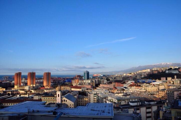 Stanza in Genova ideale per brevi soggiorni - Genua
