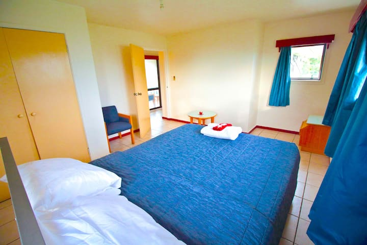 Spacious Master Bedroom - Tonga Holiday Villa
