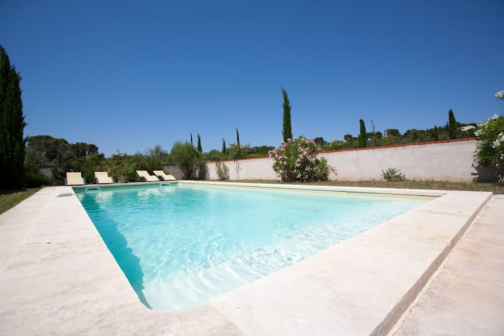 Location vacances Mer Maison 10 pers. Languedoc - Montady - Casa