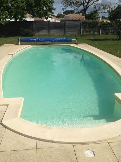 Villa avec piscine priv e wifi sur un golf villas - Piscine loire sur rhone ...