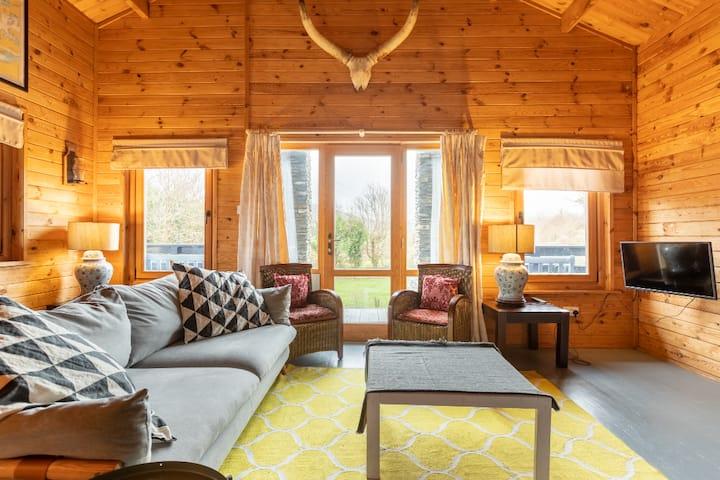 Kenmare Cosy Cabin