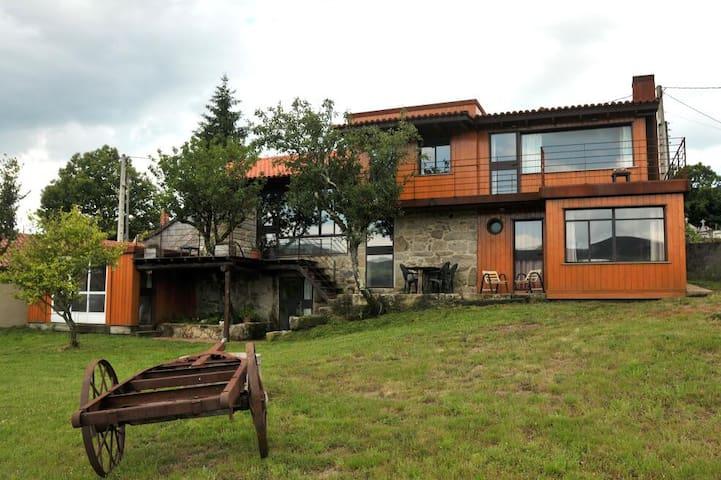 Casa de diseño Eido da Paxota - Covelo - Casa