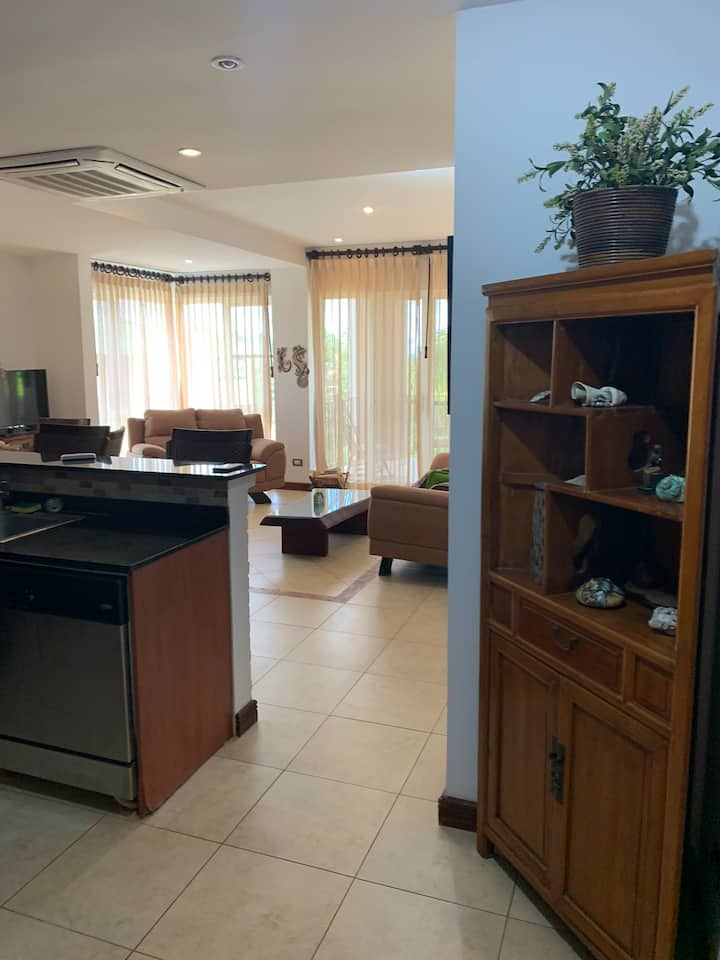 Entire Condominium- Short walk to Langosta beach