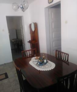 Vivenda no centro de Vieira de Leiria - Vieira de Leiria - House - 2
