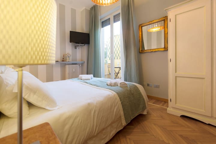 Suite for 2 people in Duomo Area
