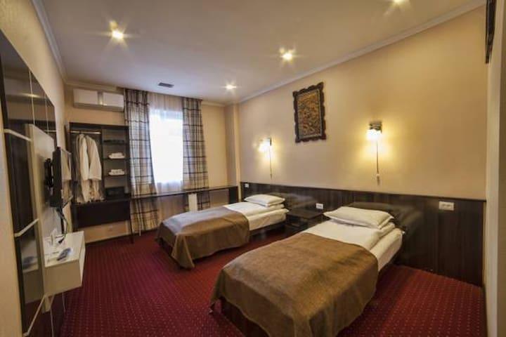 """""""Biy Ordo"""" Hotel & Hostel"""