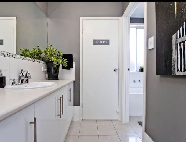 Private bathroom and toilet for guest