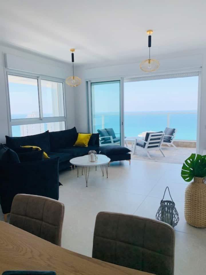 Appartement luxueux  avec terrasse vue mer