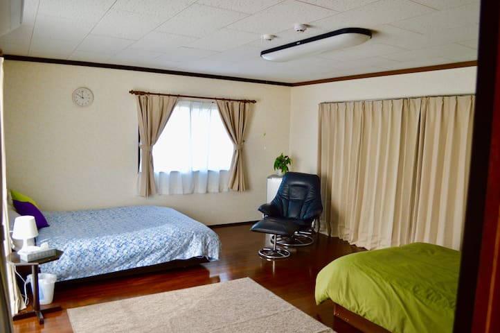 Guesthouse bedroom (wifi is available here)