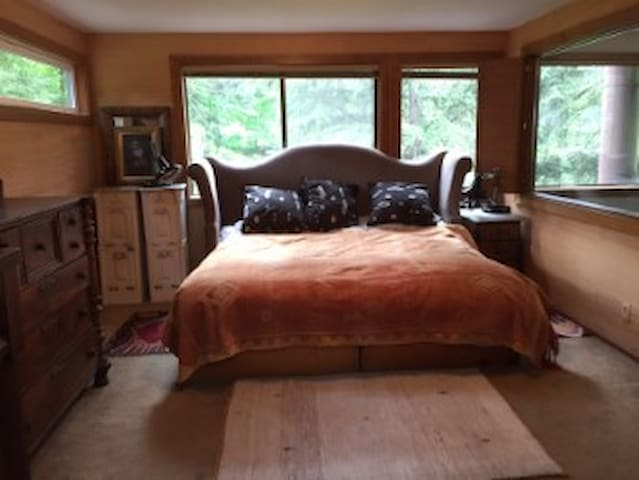 3 bed/ 2 bath in home Olympic Trials Eugene - Eugene - Bed & Breakfast