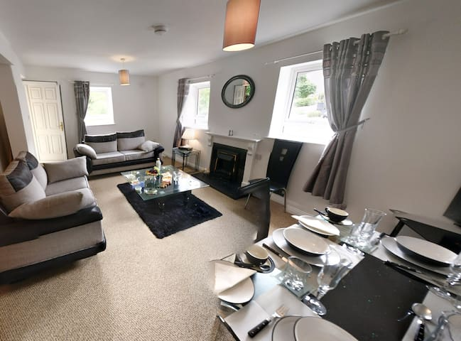 Riverview Luxury Short Stay Apartment