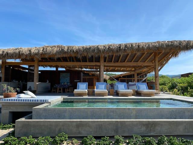 Casa Marena on the beach/Ceiba Room