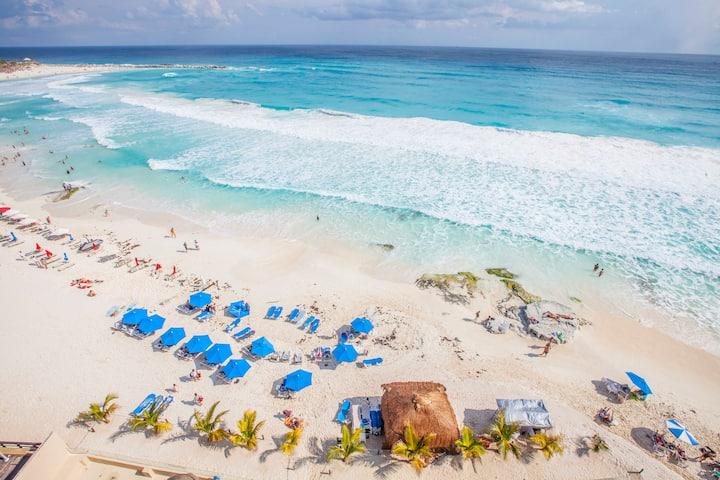 Beachfront Condo In Hotel Zone Cancun Best Beach Condominiums For Rent In Cancun Quintana Roo Mexico