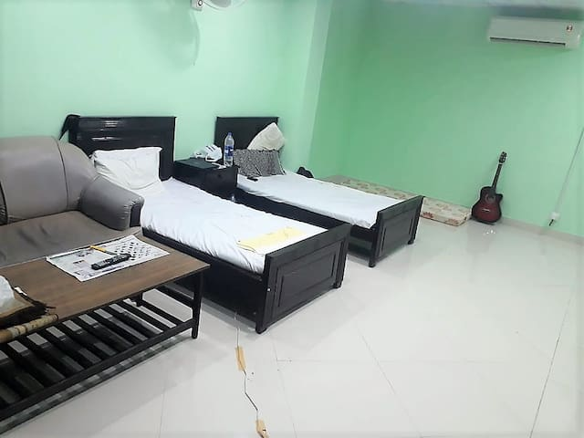 Ideal location to stay in Islamabad (F6) (shared)