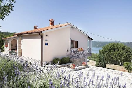 One bedroom apartment with terrace and sea view Trget, Raša (A-7446-a) - Trget - Huoneisto