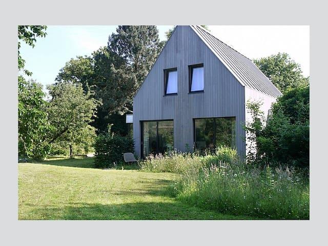 Modern home near dunes & beach, 3BR 2BA