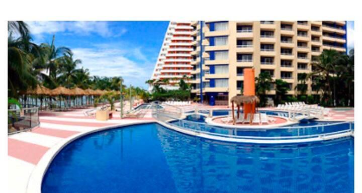 Acapulco con playa!