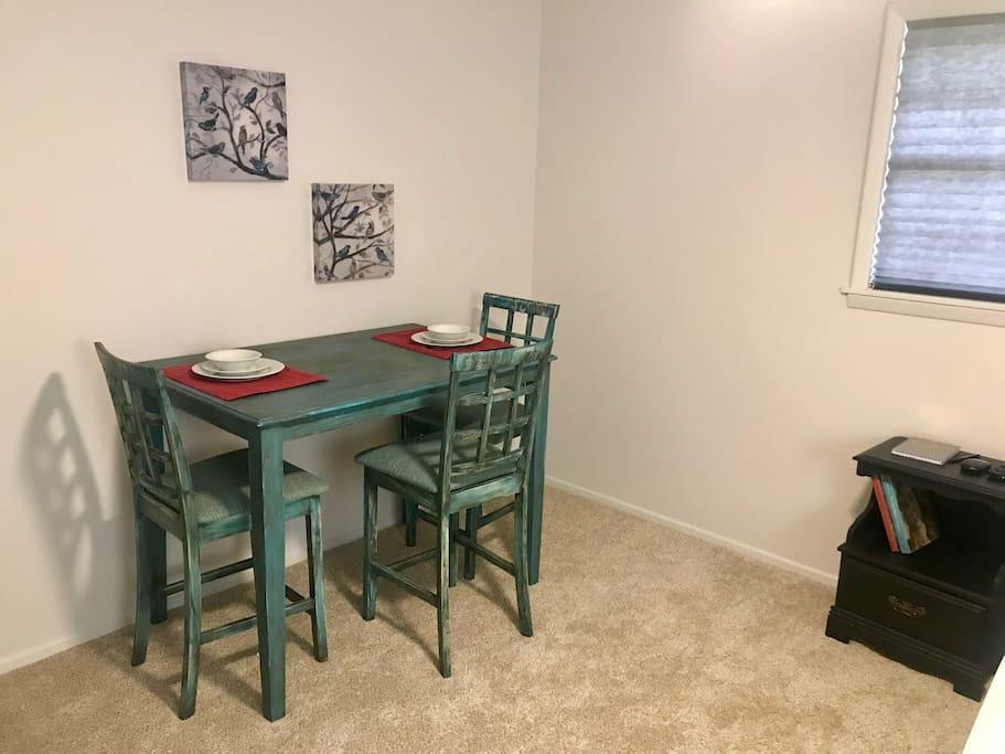 Bedroom- Table/desk