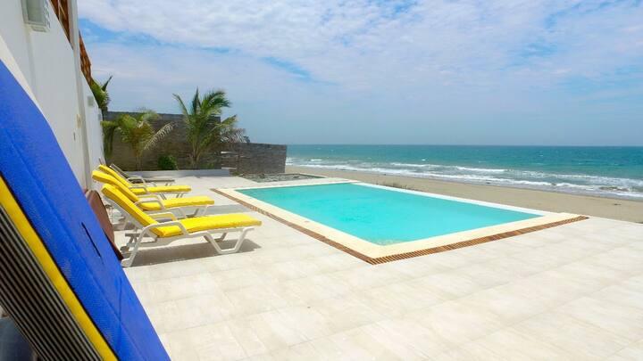 Casa Blanca - Playa El Bravo for families