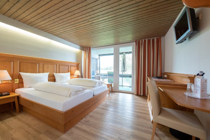 Hotel & Restaurant Sonnenhof & Sonnhalde, (Ühlingen-Birkendorf), Comfort Zimmer