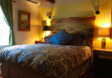 Blue Barn BnB Creekside Room - Millbrook - Oda + Kahvaltı