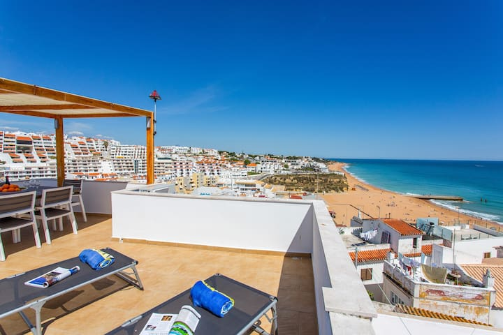 3 bed house Sea Views Albufeira Old Town (RS-13)