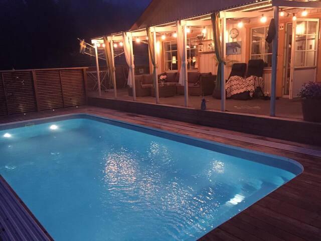 Wonderful villa with amazing pool area.