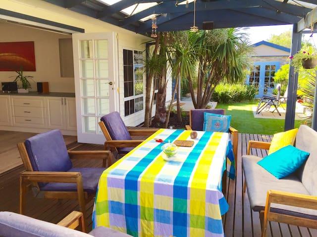 Fabulous beachside family home with spa - Mornington - Dům
