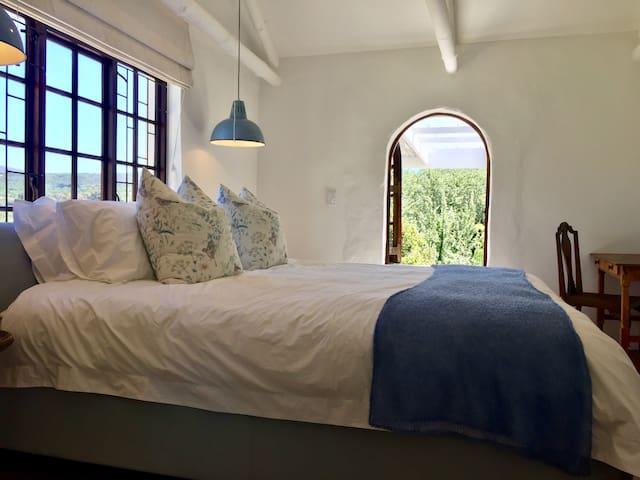 "Cottage ""SPACE"" Bedroom 1"