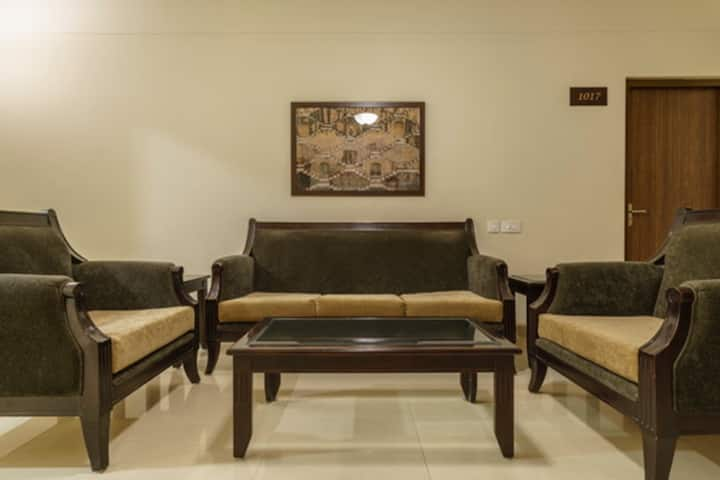 ★3 Bedrooms★ Near Airport, Ideal for groups