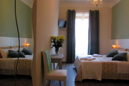 Termini Guesthouse B & B camera singola - Bed & Breakfast