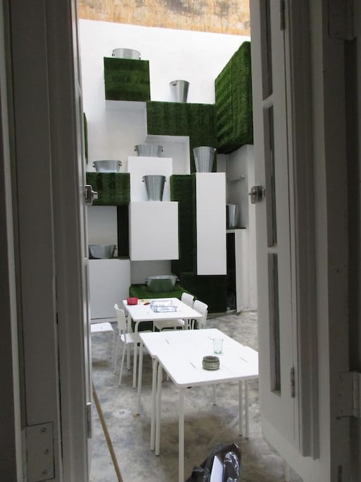 Inner courtyard M&M Eco Rent House