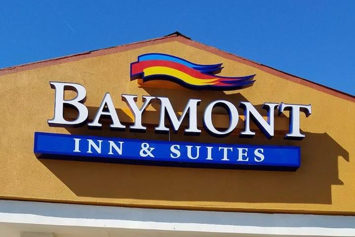 Baymont Inn & Suites NDD-1