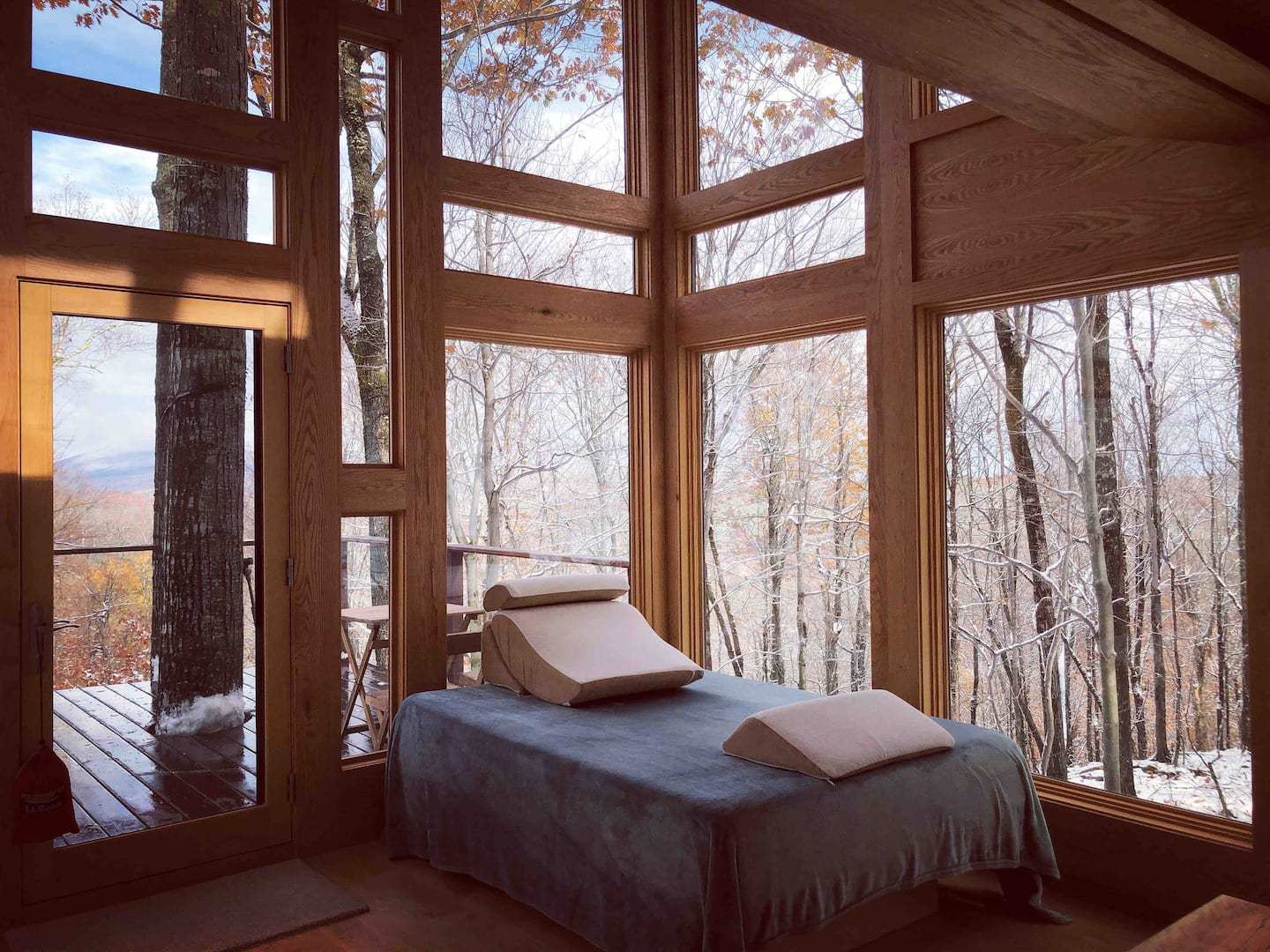 Wow! We found the Best New Hampshire treehouse Rentals. Save time searching!