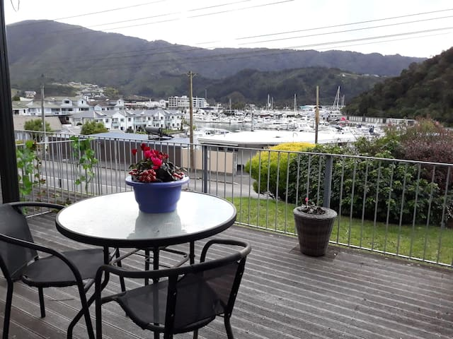 Quiet apartment with marina views!