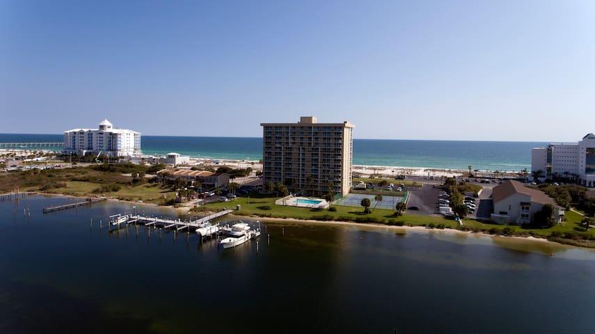 Pensacola Beach Family Retreat