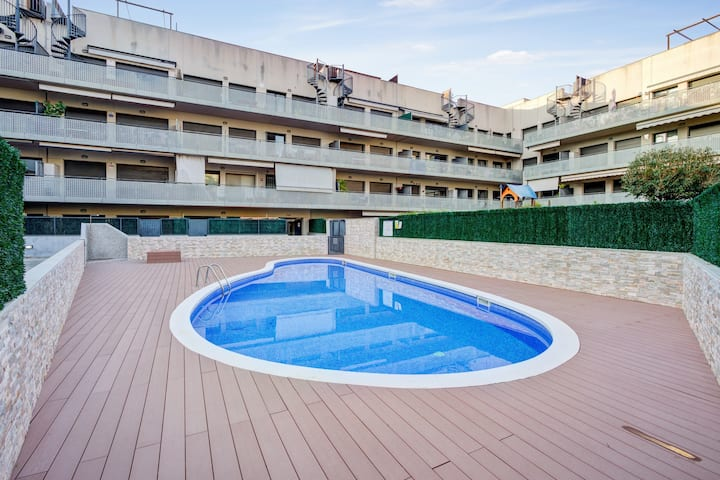 Apartment with 3 bedrooms in Calafell, with shared pool, furnished balcony and WiFi - 800 m from the beach