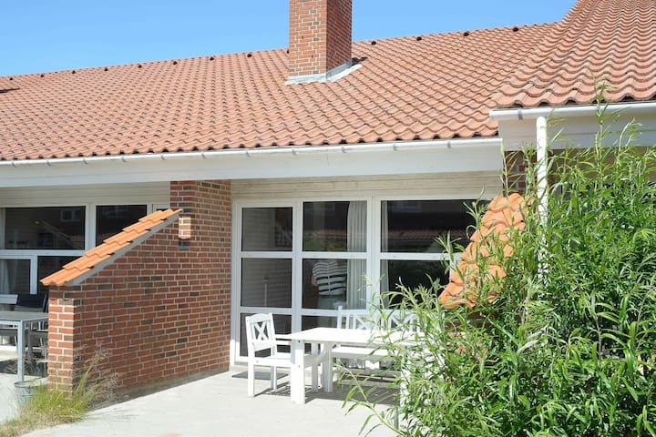 Plush Holiday Home in Blavand With Terrace