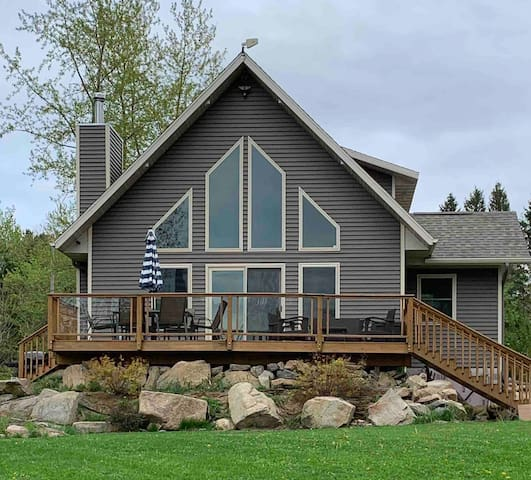Beautiful cabin on the Wisconsin River