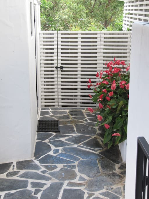 Private entrance into ensuite from pool and outdoor shower.