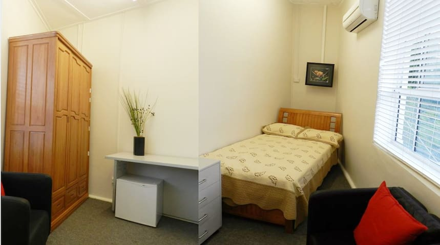 Holiday Apartment 1, Roseville, Sydney North Shore