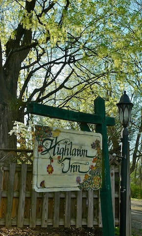 The Garden - Highlawn Inn