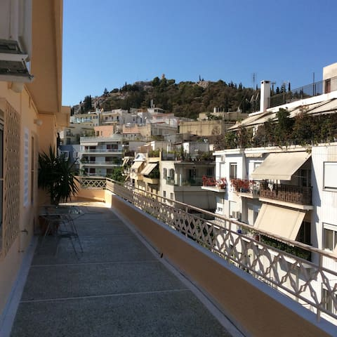 Penthouse apartment with views of Acropolis - Koukaki - Appartement