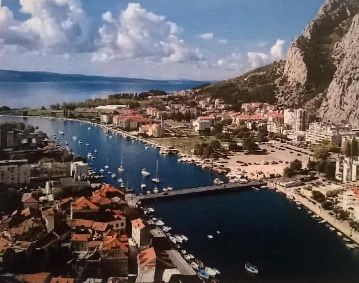 Cozy apt in Omiš - near beach and center